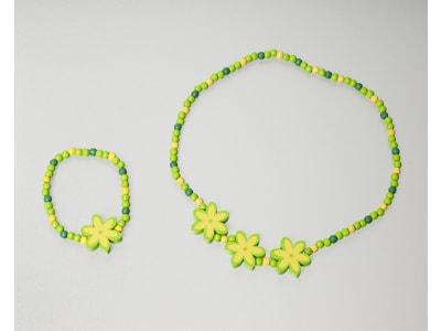 5c78f62168f85 Drevená detská súprava zelená kvetinka - Detoa - Dětská bižuterie ...