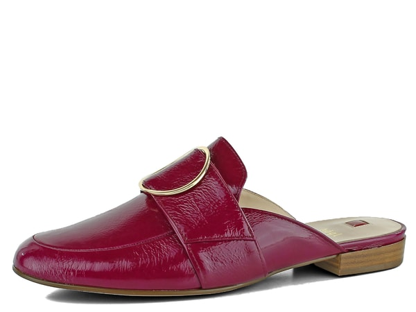 Högl pantofle se zlatou sponou lakované fuchsia 7-101815 Dámské luxusní  pantofle s uzavřenou špičkou v tmavě fusiové barvě s kruhovou ozdobou. 0c098da3cc
